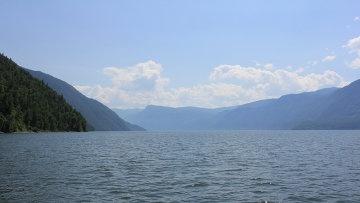Туристы смогут посмотреть на красоты Телецкого озера с борта теплохода